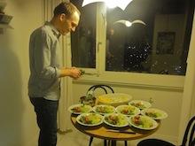 Gemischter Salat mit Granatapfelkernen